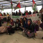 Los cooperantes españoles de retorno a sus hogares tras su visita a los Campamentos de la Dignidad .